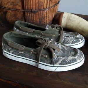 Arizona camo shoes